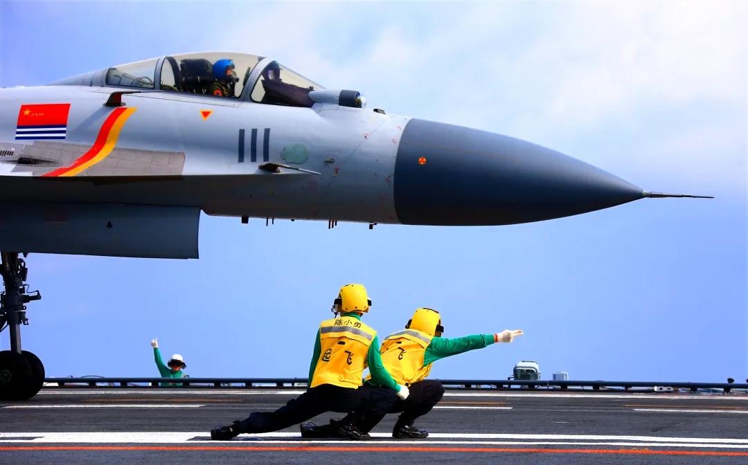18级海航班潘子航1.webp.jpg